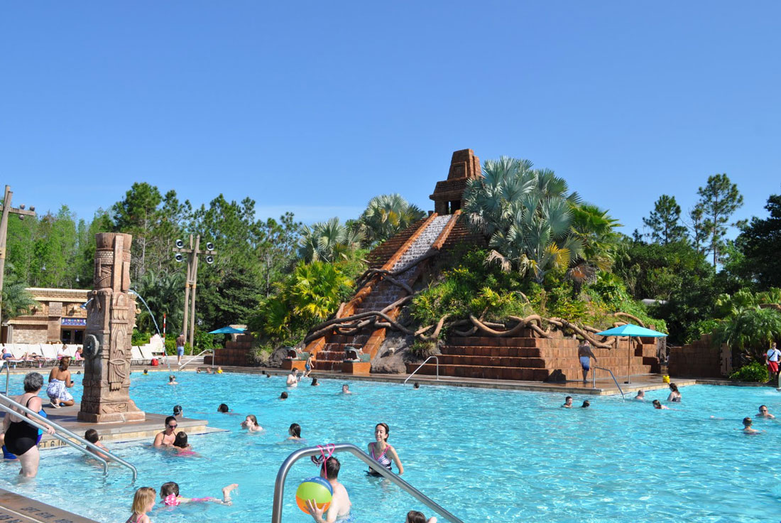 05Disneys-Coronado-Springs-Good-Quality-of-Pool-and-Pyramid