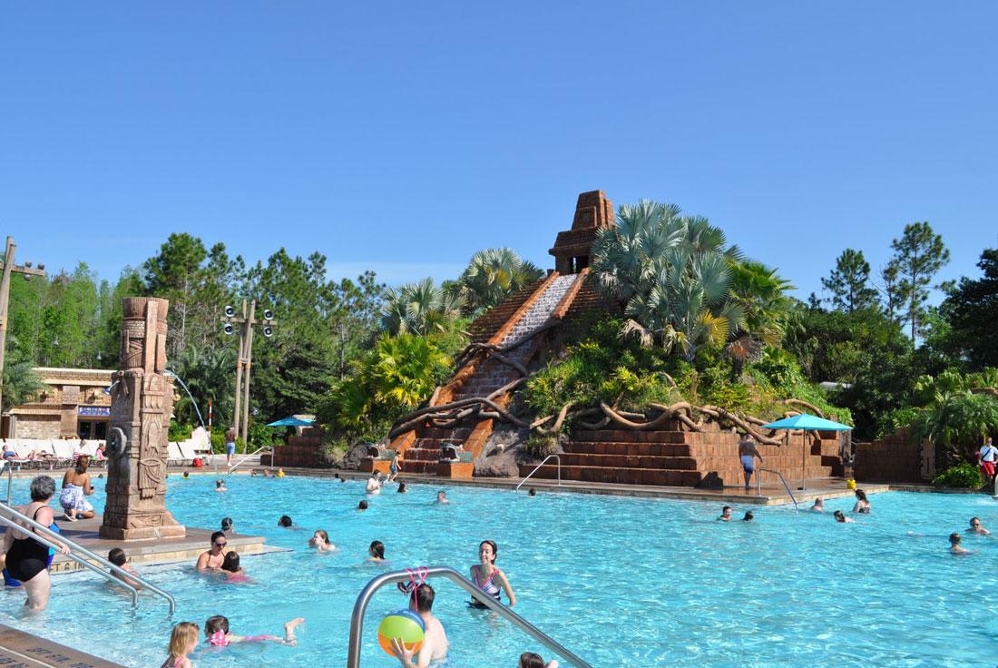 05Disneys-Coronado-Springs-Good-Quality-of-Pool-and-Pyramid