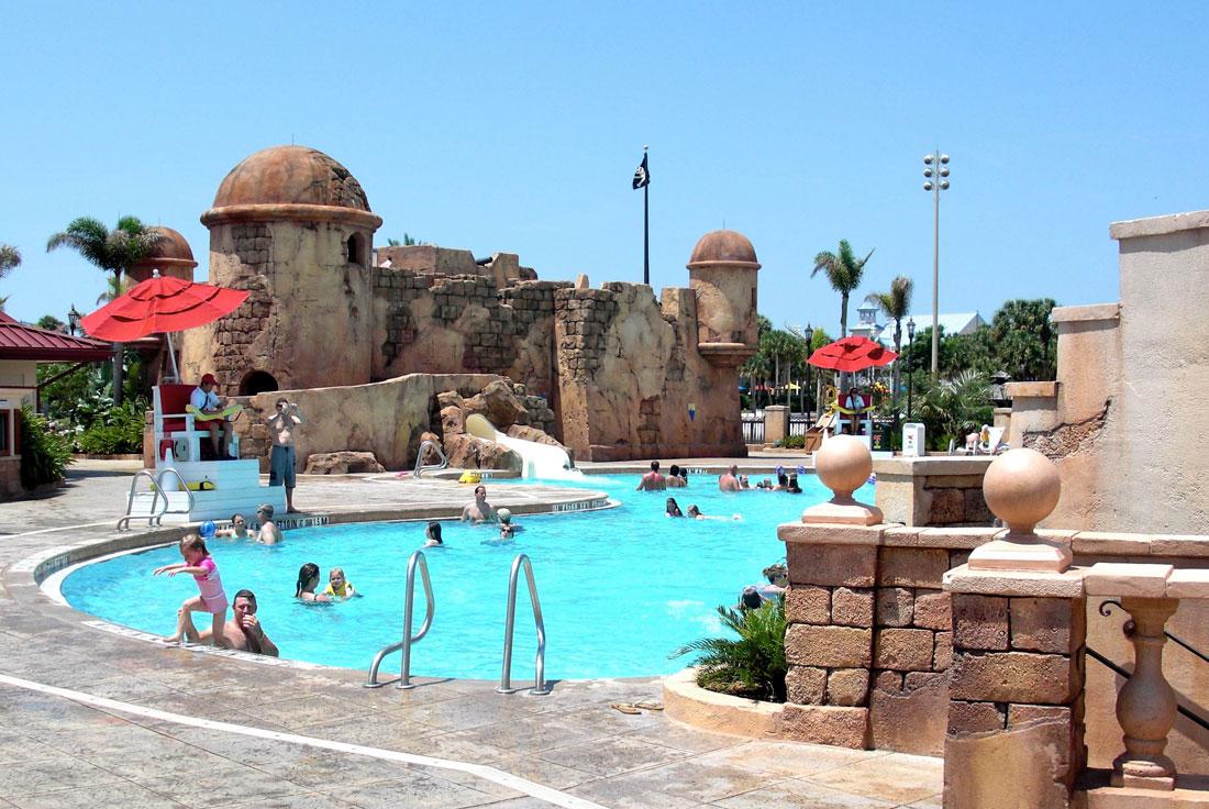 06Carribean-Beach-pool-deck-view
