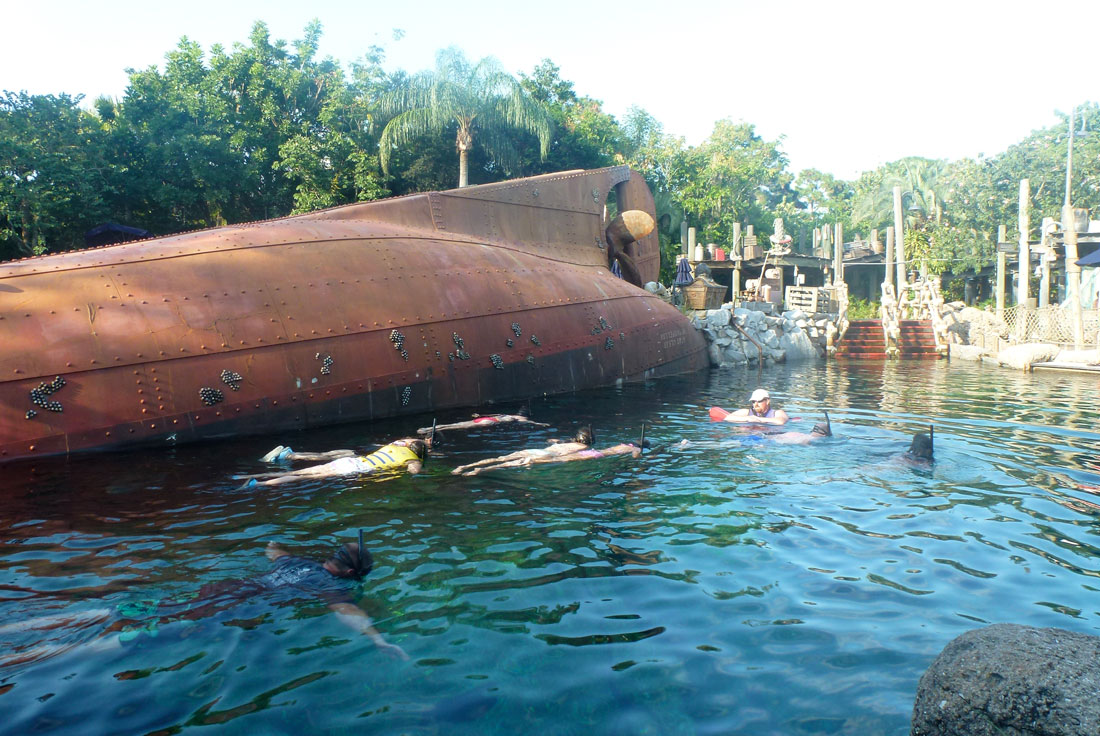 07Ship-Wrech-at-Discovery-Cove-Snorkel-Dive
